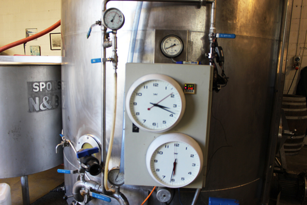 Bulk Vinegar Is Available In 224 Litre Drums And 1000 Litre IBCs